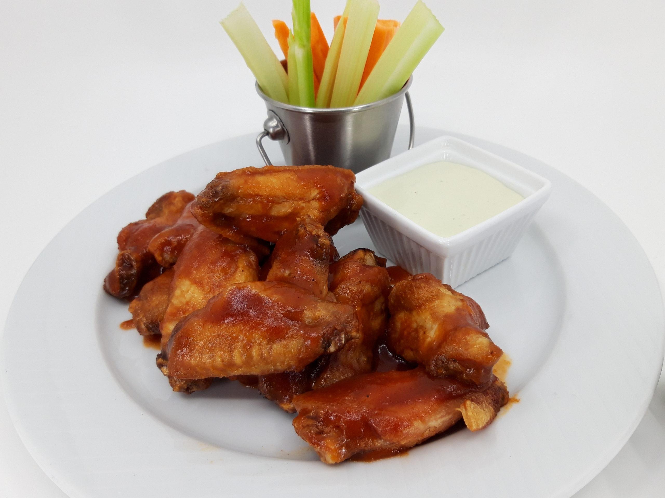 Chicken wings BBQ 12pcs / Kuřecí křidélka BBQ 12ks